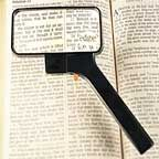 Rectangular Magnifier With Built-In Light