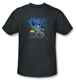 Batman Kids T-Shirt - Cape Outstretched Youth Charcoal Tee