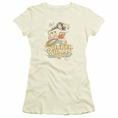 Wonder Woman Juniors T-shirt - Strength Cream Color Tee