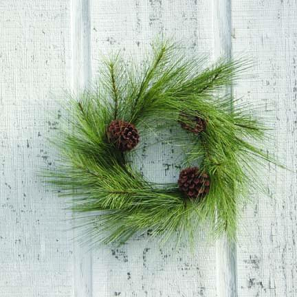 Mixed Needle Pine Wreath - 18 Inch