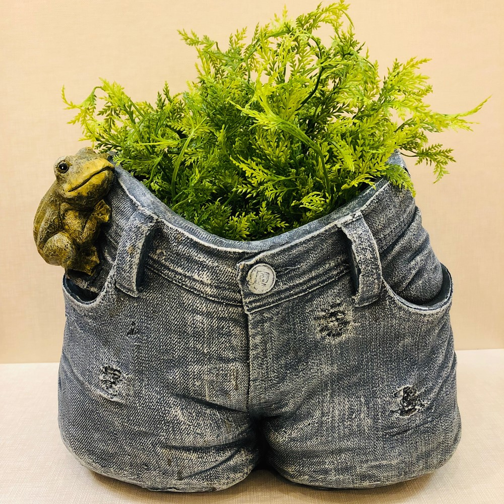 Blue Jeans Planter - Jeans With Frog - 10.5in
