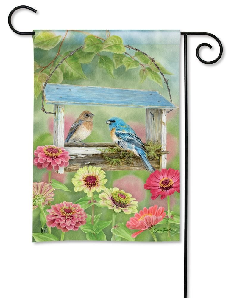 BreezeArt Small Garden Flag - Feeder Friends - 12.5in x 18in
