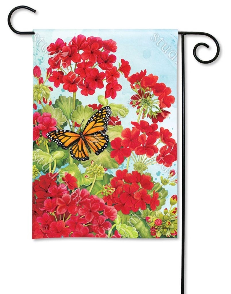 BreezeArt Small Garden Flag - Red Geraniums - 12.5in x 18in