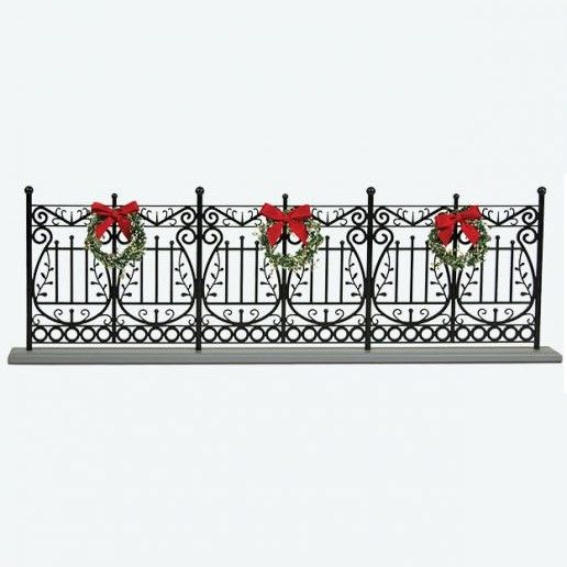 Byers Choice Accessory - Decorative Caroler Fencing