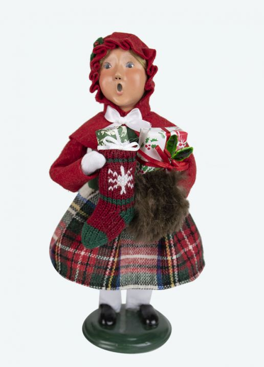 Byers Choice Caroler - Family Girl With Stocking 2020