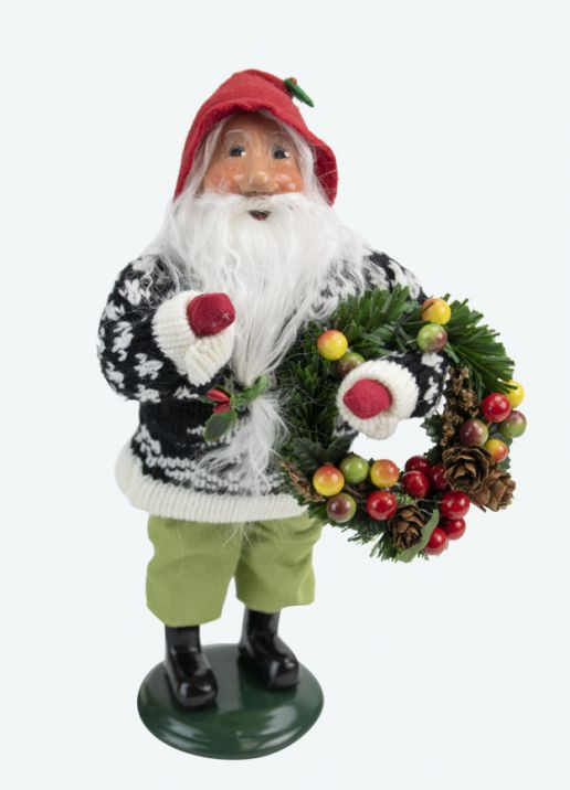 Byers Choice Caroler - Gnome with Wreath 2020