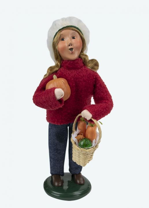 Byers Choice Caroler - Market Family Girl 2020