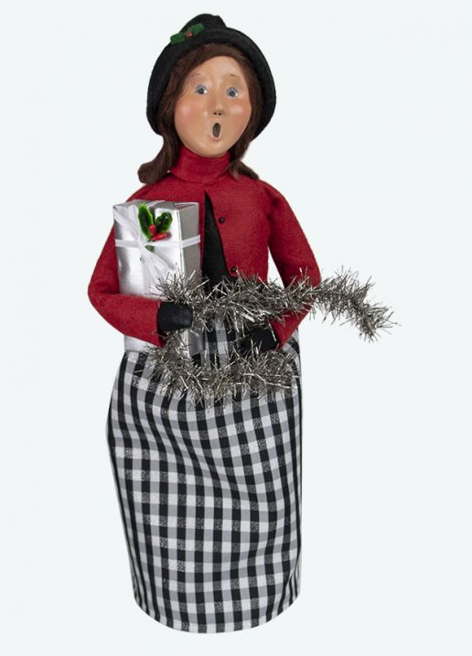 Byers Choice Caroler - Quinn Family Woman 2020