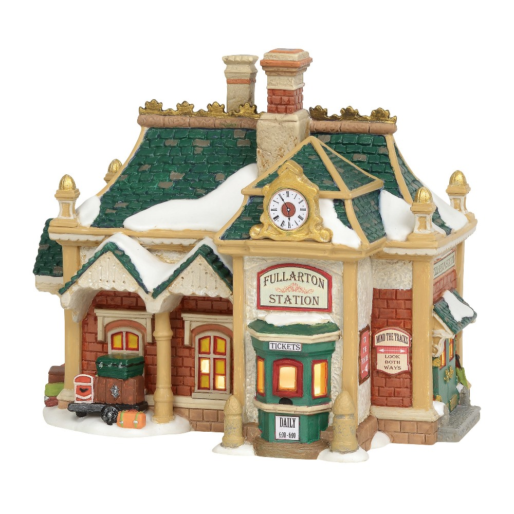 Department 56 Dickens Village - Fullarton Station 2019