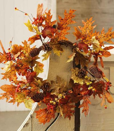 Fall Foliage Wreath - Orange - 22 Inch