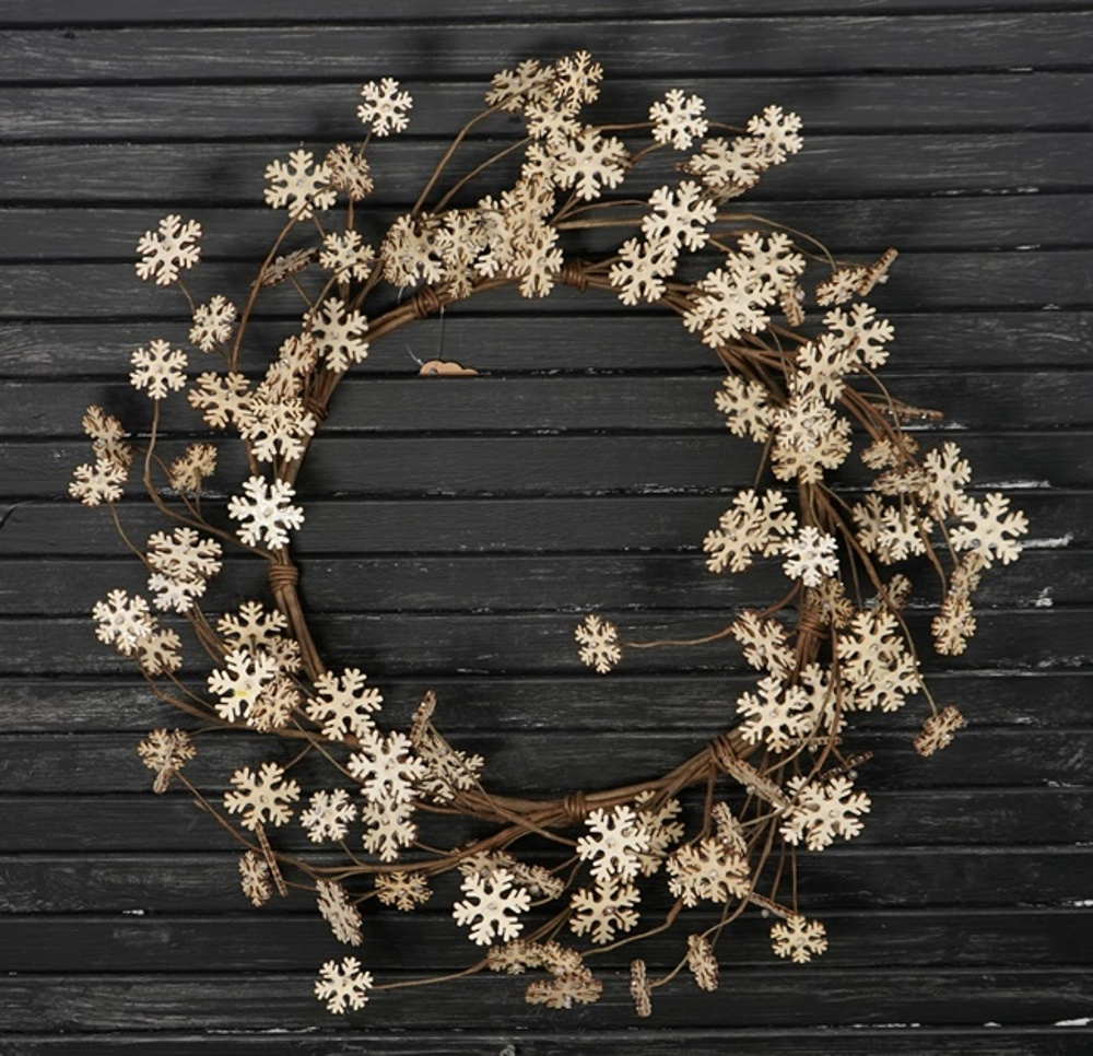 Holiday Artificial Wreath - Vintage Snowflake - 20 Inch