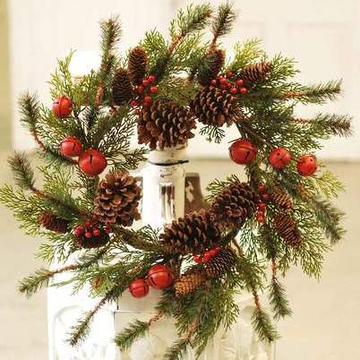 Jingle Pine Wreath - 22 Inch