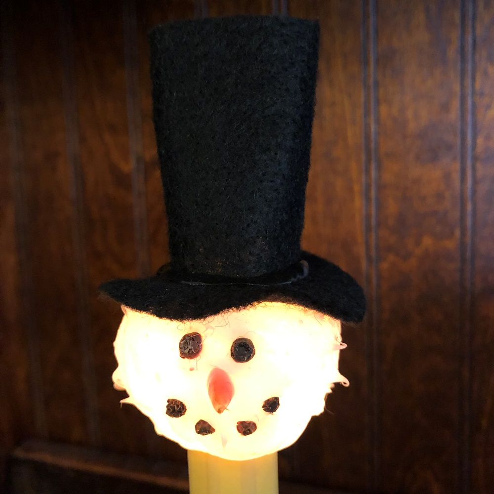 Top Hat Snowman Light Bulb - Candelabra Base - 4 Watts