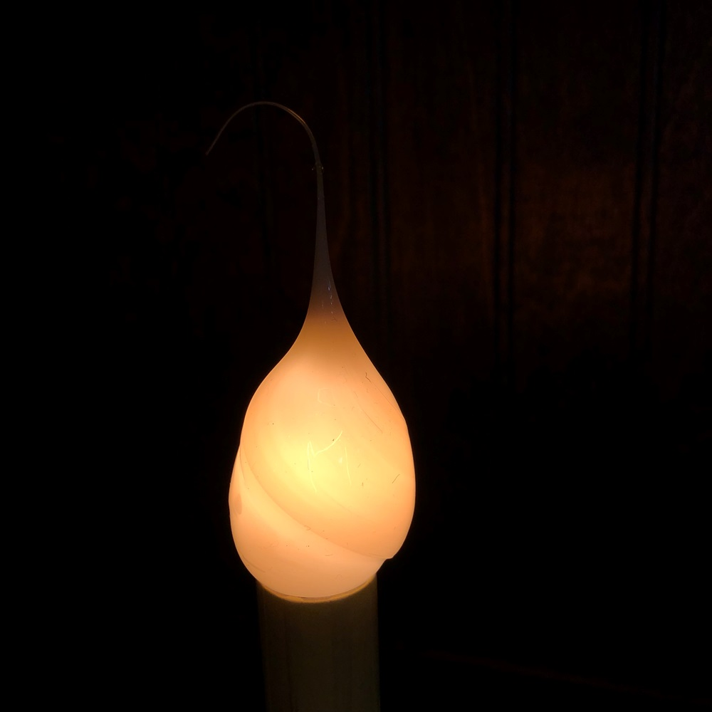 Warm Silicone Light Bulb - Candelabra Base - 4 Watts