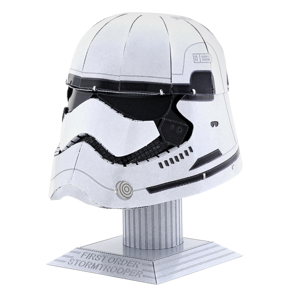 Metal Earth 3D Model Kit - Star Wars Stormtrooper Helmet