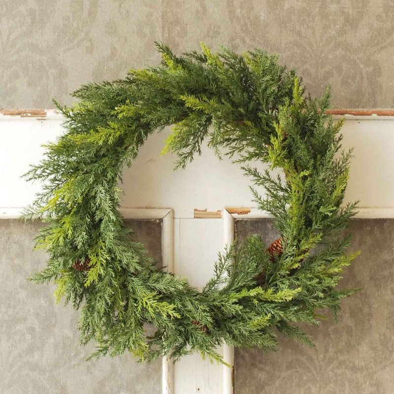 Short Prickly Pine Wreath - 20in