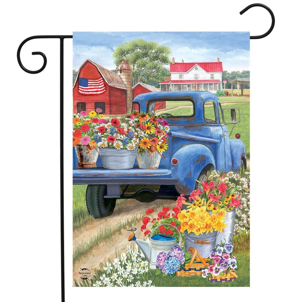 Small Garden Flag - Day on the Farm - 12.5in x 18in