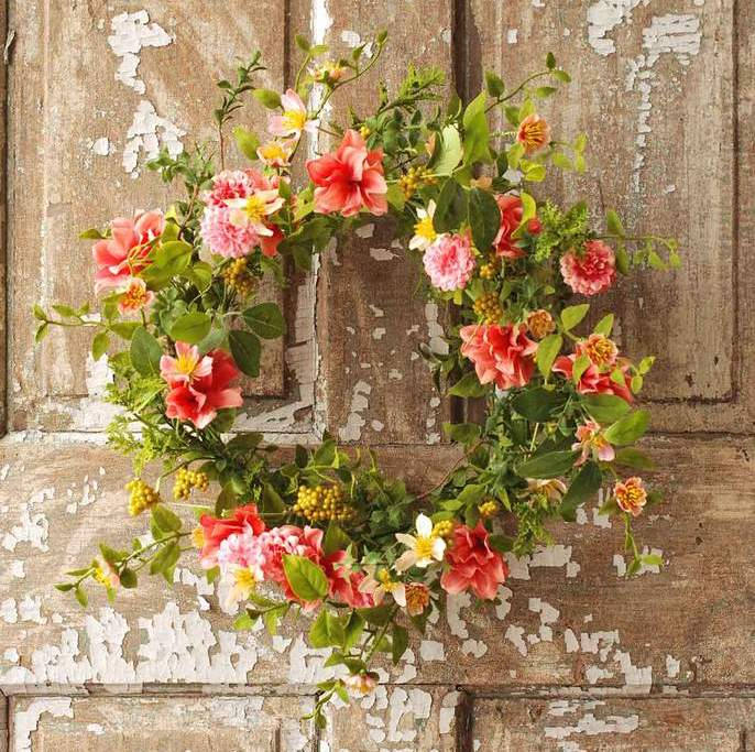 Wild Petals Wreath - Wildflowers - 22 Inch