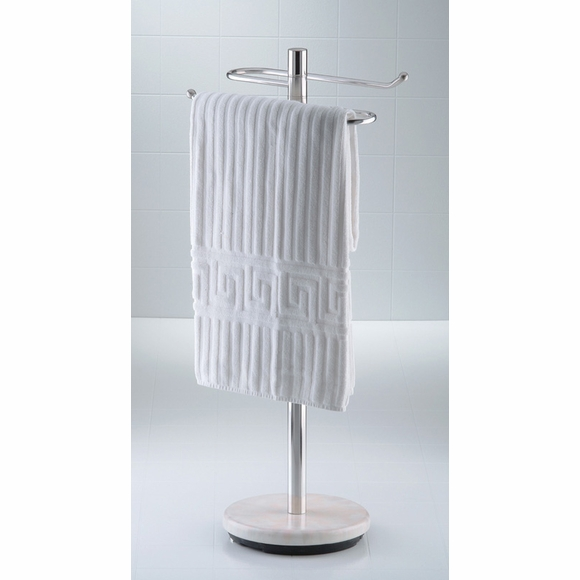 Outdoor Towel Valet