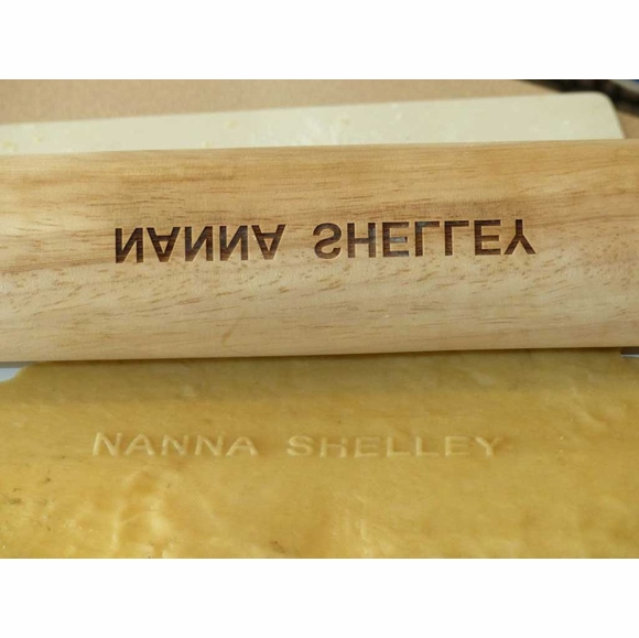 Personalized Rolling Pin - Embosses Baker's Name in Pie Crust