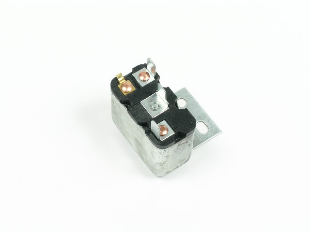 C2VY-15672-A Convertible Top Relay
