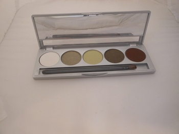 Amazon Eyeshadow Kit