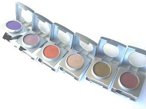 Mineral Eyeshadows with Applicator