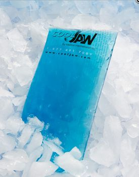 Flexible Hot and Cold Blue Gel Ice Pack for Cool Jaw Wrap