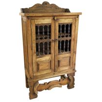 Trastero Yugo Rustic Wood Hutch with Spindle Doors