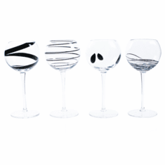 Abigails Plaza Wine Glasses (Set of 4)