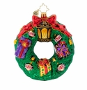 Christopher Radko Wreath Full of Gifts! Ornament