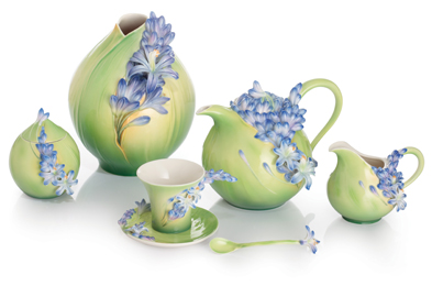 Franz Porcelain Lily of the Nile Collection