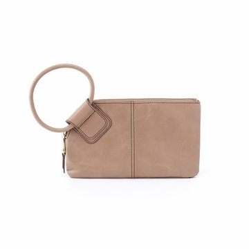 Hobo Sable Vintage Hide Wristlet Clutch