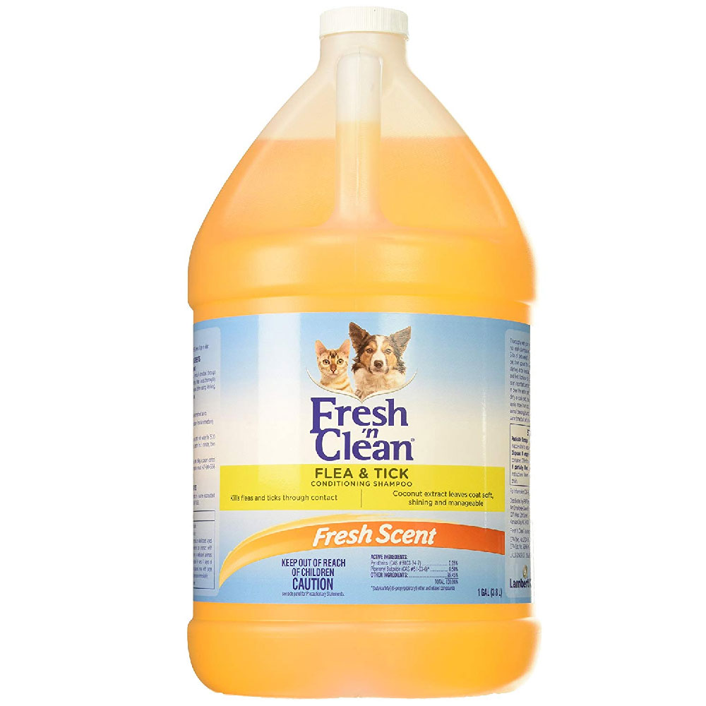 Fresh 'n Clean Flea & Tick Conditioning Shampoo (1 Gallon) im test