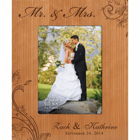 "Mr. & Mrs. Personalized 5"" x 7"" Picture Frame"