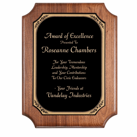 Walnut  Plaque With Black Brass Engraving Plate - PC580