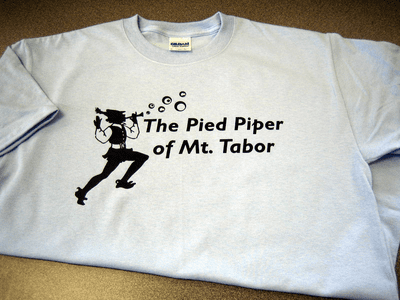 Bubble Blowing Pied Piper T-shirt