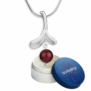 FinnFeelings Lingonberry Silver Necklace