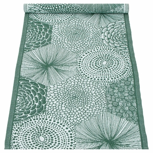 Lapuan Kankurit Ruut Aspen Green Table Runner