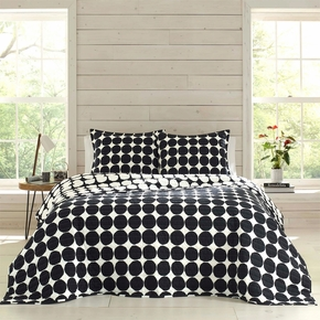 Marimekko Pienet Kivet Full / Queen Reversible Quilt Set