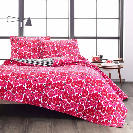 Marimekko Unikko Full / Queen Reversible Quilt Set