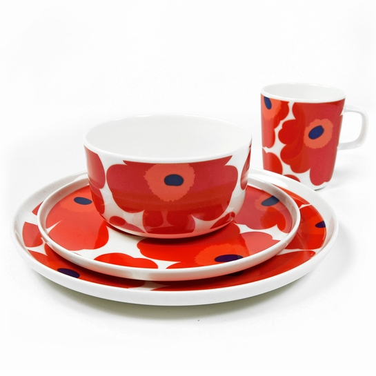Marimekko Unikko Red 4pc Dinnerware Set