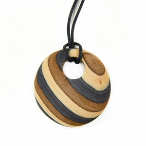 Visapaja Wide Stripe Wooden Necklace
