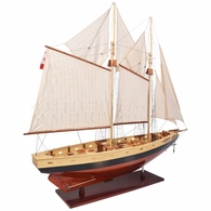 AS138 Authentic Models Bluenose II Painted