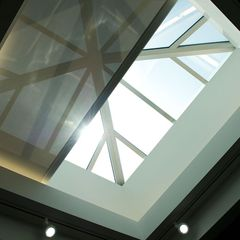 Draper Skylight FlexShade® 2