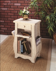 Readers Table (UPS $65)