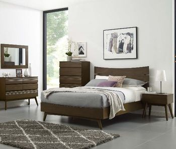 Everly Queen Wood Bed in Walnut 5833