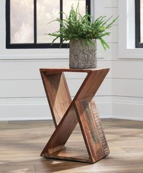 Geometric Accent Table Natural