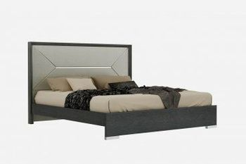 The Monte Leone Platform Queen Bed by J&M