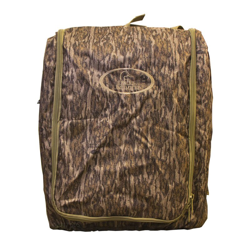Camo Uninsulated Kennel Cover Front Flap Closed